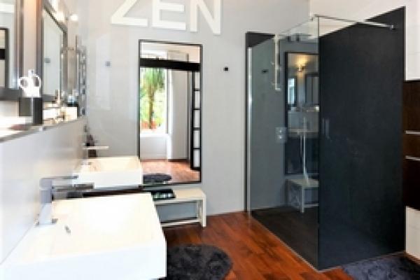 id 39 douch remplacement de douche id 39 douch la douche esth tique et fonctionnelle fabricant. Black Bedroom Furniture Sets. Home Design Ideas